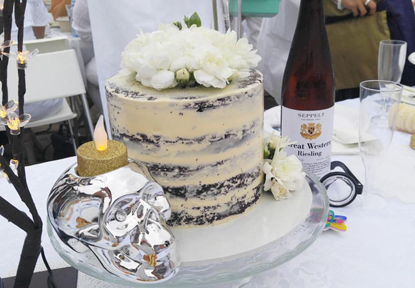 Diner en Blanc 2016 cake